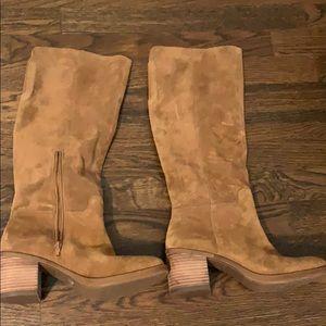 Lucky brand ritten boot size 9m honey brown